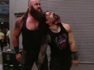 Frame 68.635285 de: ¡Goldberg y Reigns destrozan a Strowman!