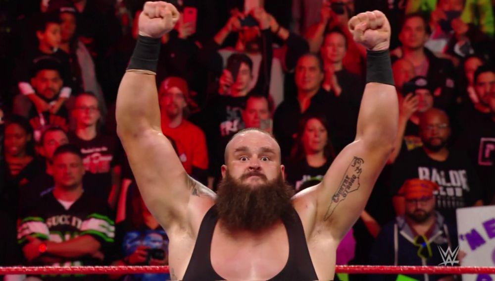 Strowman triunfa en el 25 Aniversario de Raw