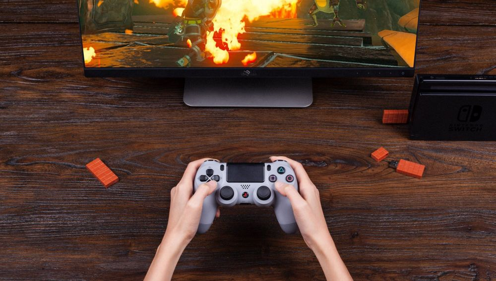 Dualshock 4 jugando a Nintendo Switch