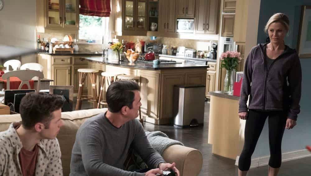 Modern family - Temporada 9 - Capítulo 20: Madre