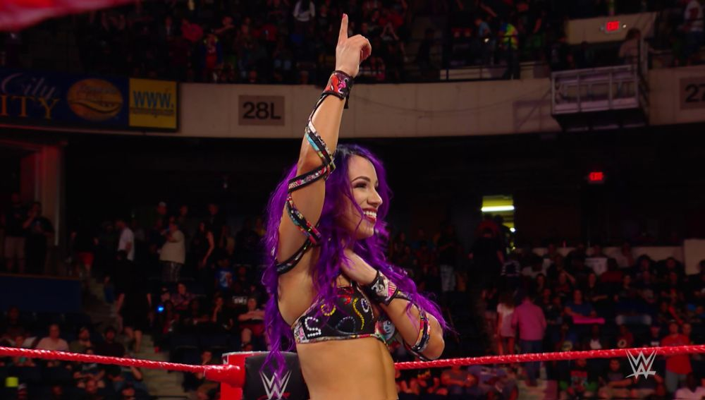 Sasha Banks coge la directa a Money in the Bank
