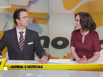 Mónica Carrillo se bate a chistes con Matías Prats