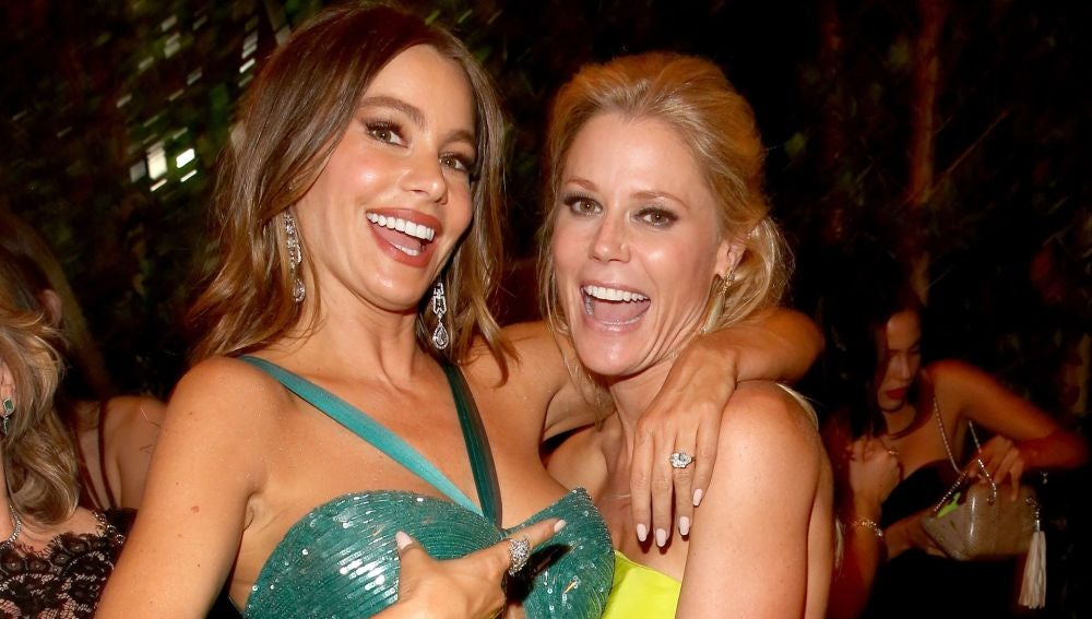Julie Bowen (Claire) se pone las bragas de Sofía Vergara (Gloria)
