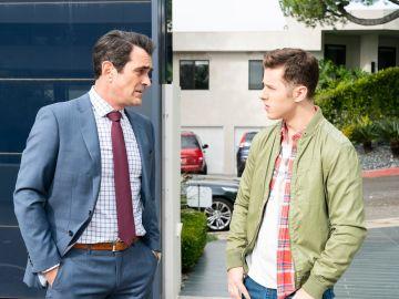 Modern Family - Temporada 10 - Capítulo 16: Alerta Roja