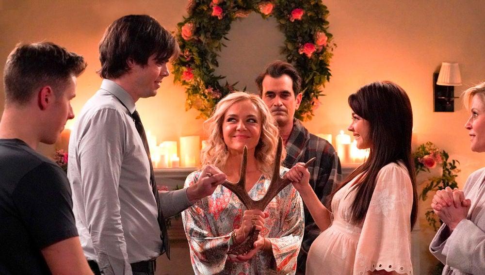 Modern Family - Temporada 10 - Capítulo 20: No puedo fugarme