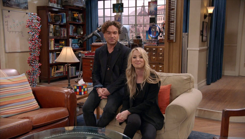 Johnny Galecki y Kaley Couco