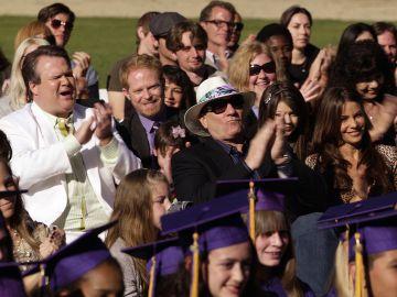 ¡'Modern Family' se gradua! Los momentos de graduación de la serie