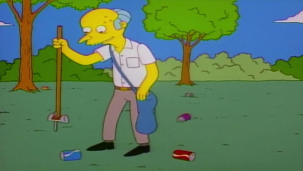 Lisa enseña al señor Burns a reciclar