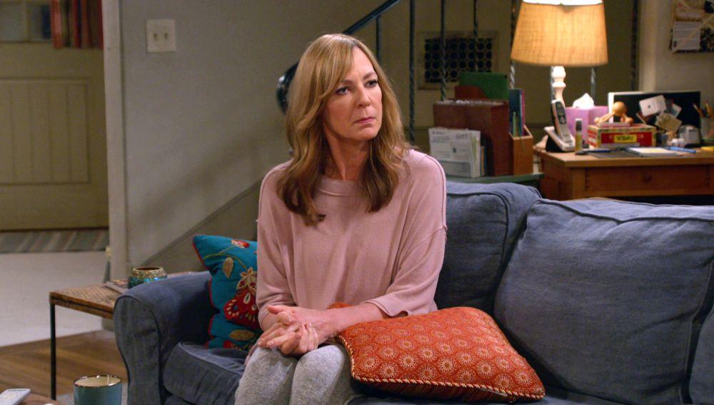 Bonnie trata de que Adam hable sobre su accidente