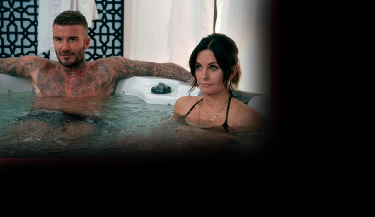 sd David Beckham y Courteney Cox en Modern Family
