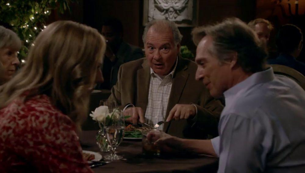 Bonnie conoce al nuevo e insoportable novio de Marjorie