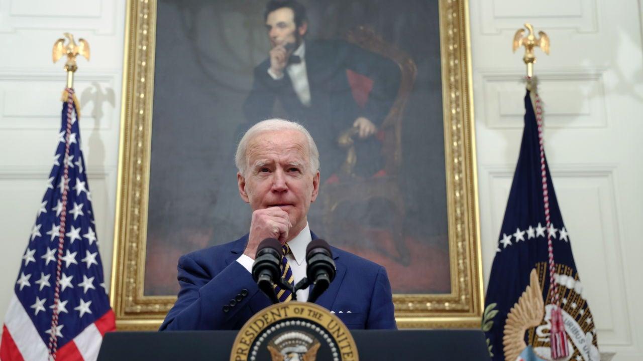 Joe Biden investiga los problemas de stock de PS5 y Xbox Series X - Vídeo