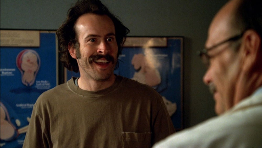 Earl, feliz